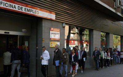 Más de un millón de parados no cobra prestación por desempleo