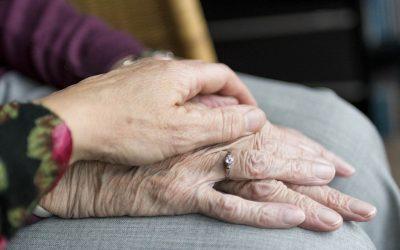 A los 80 años, ¿son las vidas menos valiosas?